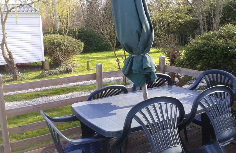 HPAPIC080FS00067_Camping les Etangs_terrasse_St Valery_Somme_HautsdeFrance