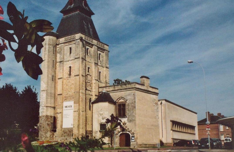 PCUPIC0800010913_musée boucher de perthes_beffroi_abbeville_somme_picardie ©Musée Boucher de Perthes