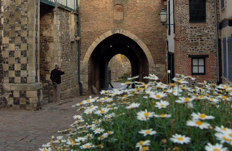 PCUPIC080V504I23_cité  médiévale_St-Valery_Somme_Picardie (10)