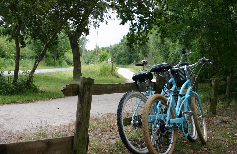 vélos-chemin-accès-mer_St-Quentin-en-Tourmont<Somme<Picardie