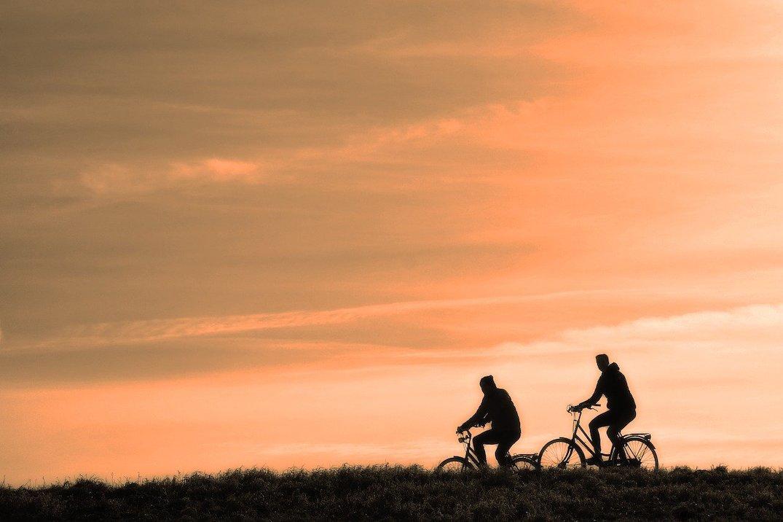 cyclist-3202481-1280